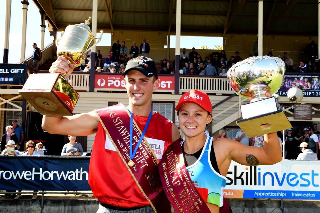 2018 Stawell Gift champions Jacob Despard and EJ Forsyth. Picture: SAMANTHA CAMARRI