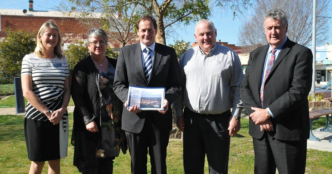 Pictured meeting in Stawell (L-R) Northern Grampians Shire Councillor Karen Hyslop, chief executive Justine Linley, Member for Western Victoria Simon Ramsay, Mayor Kevin Erwin and Cr Murray Emerson. Picture: BEN KIMBER